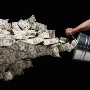 Какие серьезные ошибки вы допускаете в обращении с деньгами