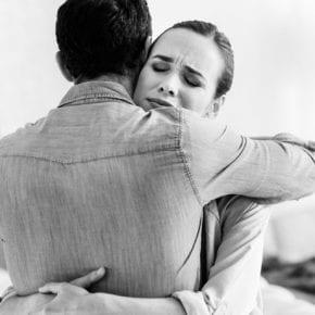 Как поддержать партнера, который потерял работу?
