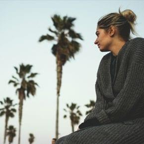 8 жестоких истин о том, каково быть человеком с ранимым сердцем и привычкой все усложнять