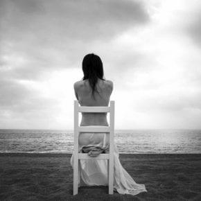 Эксперты делятся 5-ю способами, которые помогут вам справиться с одиночеством и депрессией