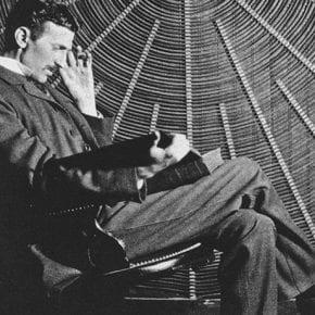 Никола Тесла и три его необычных способа увеличить запасы жизненной энергии