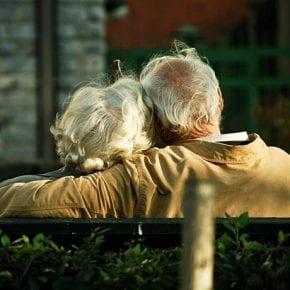Как сохранить любовь: лучшие советы от пары, прожившей в браке 45 лет