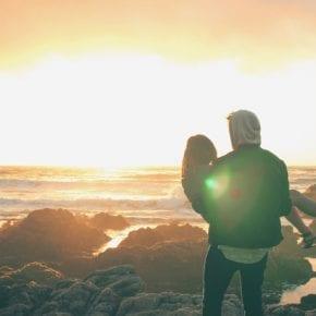 Оставайся один, если не готов хранить верность